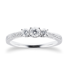 18ct White Gold 0.50 Carat Three Stone 88 Facet Diamond Ring