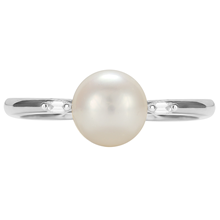 9ct White Gold Pearl & 0.022cttw Diamond Ring