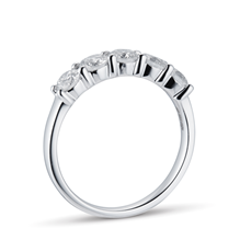 18ct White Gold 1.00ct Brilliant Cut Goldsmiths Brightest Diamond Claw Set Ring