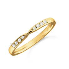 18ct Yellow Gold 0.05cttw Diamond Shaped Wedding Ring