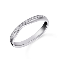 Platinum 0.20cttw Diamond Shaped Wedding Ring