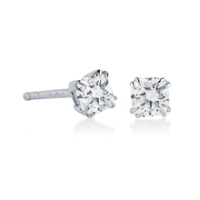 Platinum 0.60 Carat Total Weight Diamond Stud Earrings