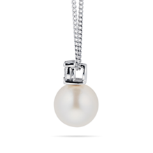 9ct White Gold Diamond and 6.5-7mm Fresh Water Pearl Pendant