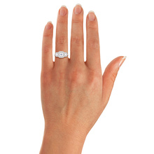 Jenny Packham Three Stone Brilliant Cut 0.95 Carat Total Weight Diamond Square Art Deco Style Ring in Platinum