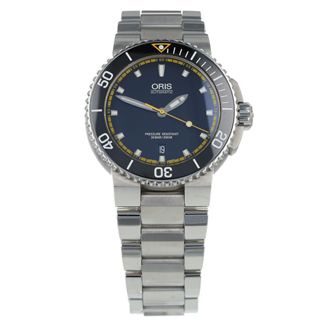 eb95ed520 Pre-Owned Oris Aquis Date Mens Watch 01 733 7653 4127-07 8 26